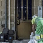 Barcelona implantará este mes la recogida puerta a puerta en el barrio de Sant Andreu