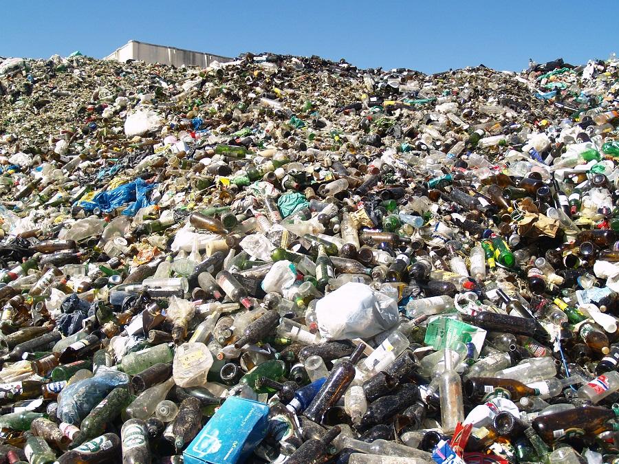 Bruselas reclama a España que actualice su legislación sobre residuos