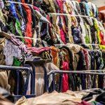 España envía a vertederos casi un millón de toneladas de residuos textiles