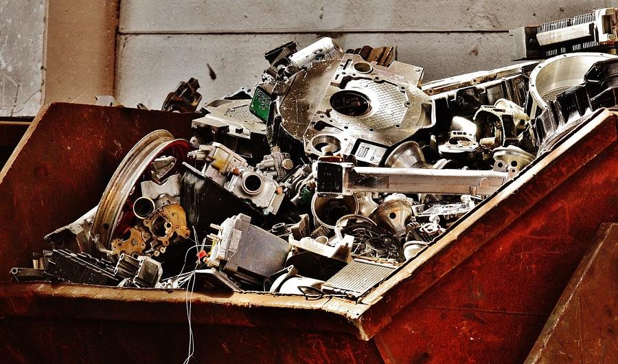 La CE tiene previsto revisar la normativa sobre traslados de residuos