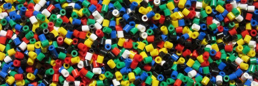 Nuevos hallazgos preocupantes sobre la presencia de sustancias químicas en los plásticos