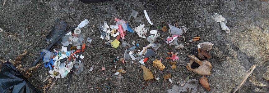 La presencia de microplásticos en los océanos está sobredimensionada, según un nuevo estudio