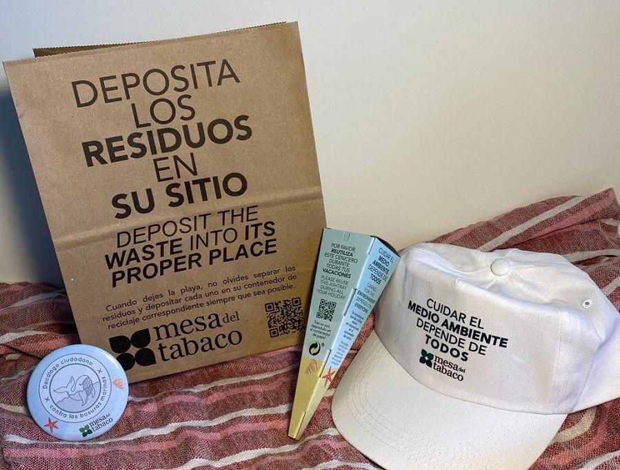 Campaña en las playas españolas contra las basuras marinas