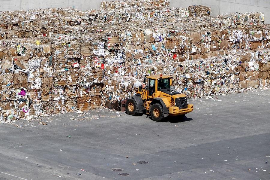 Aumenta la proporción de papel y cartón fabricado con fibra recuperada