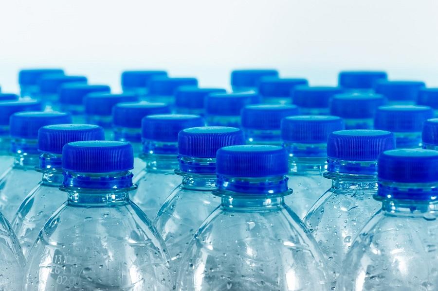 Iniciativa ciudadana para un sistema de depósito de botellas de plástico en la UE