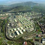 Petronor empieza a producir combustible para aviones a partir de residuos