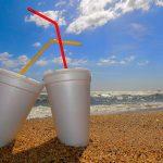 Reino Unido someterá a consulta pública la prohibición de productos plásticos de un solo uso