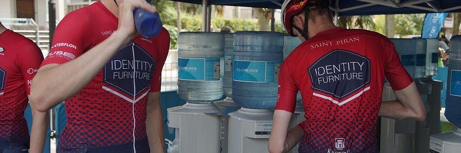 Dispensadores de agua y botellas reutilizables evitaron la generación de 6.000 kg de residuos plásticos en La Vuelta