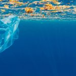 España propone un acuerdo global contra la contaminación marina por plásticos