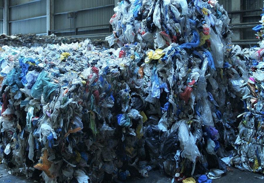 Acuerdo entre bp y Brightmark para desarrollar proyectos de reciclaje químico de plásticos en Europa