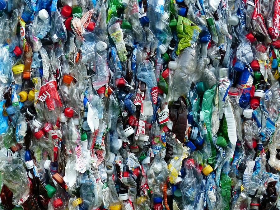 Botellas de plástico para reciclar